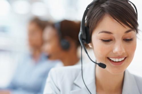 standard-telephonique-essentiel-main-4329888